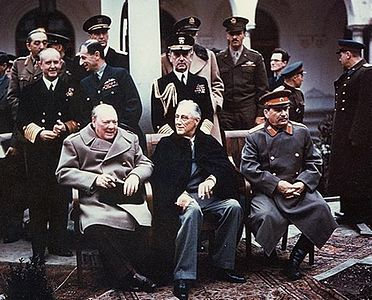 Yalta_summit_1945_with_Churchill,_Roosevelt,_Stalin